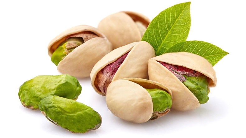 pistachio vs walnut – which one to eat ? which one is better ?